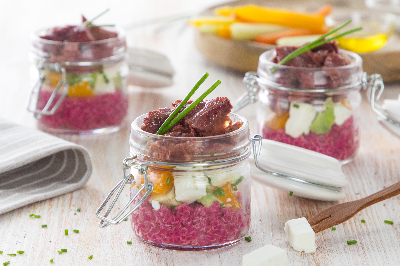 Vasetti di quinoa e carne in gelatina