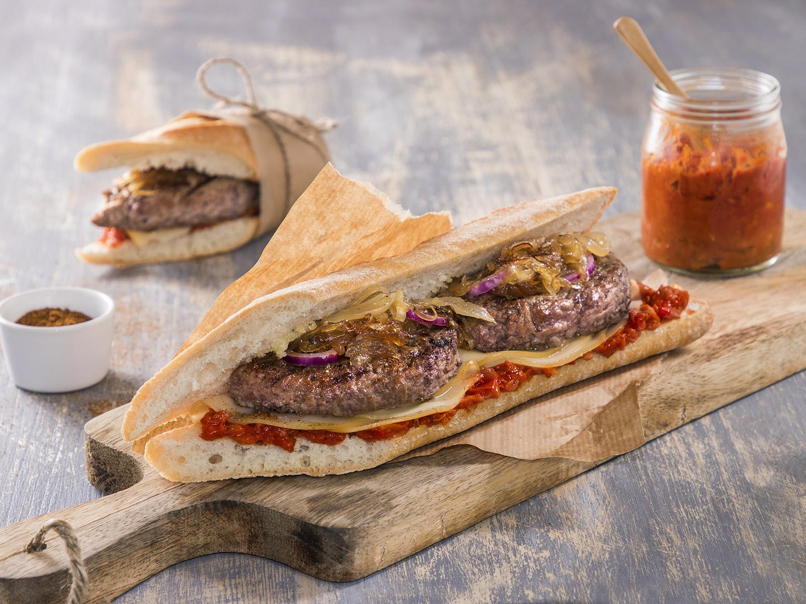 Filoncino con Hamburger e salsa cajun