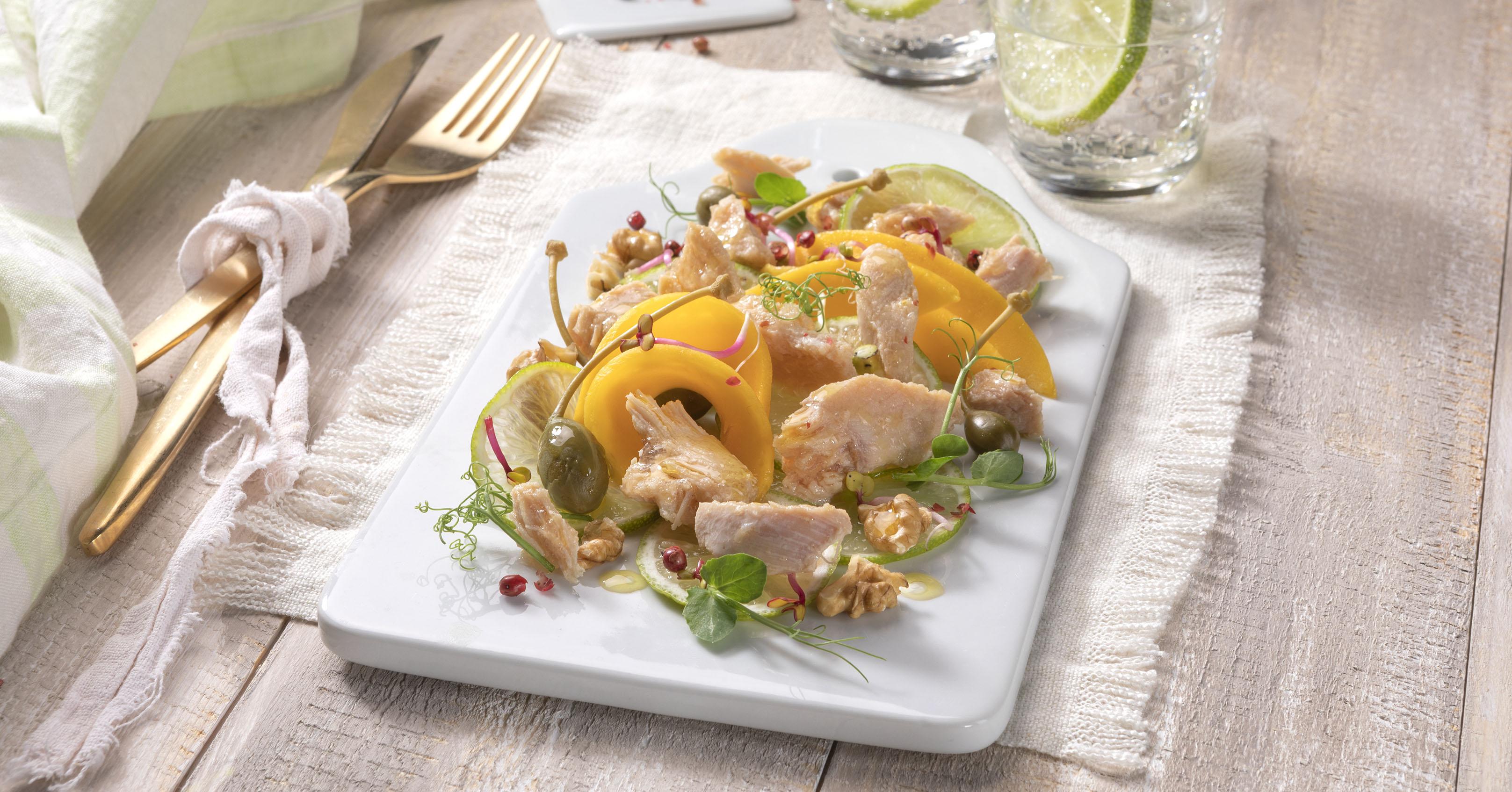 Insalata esotica con leggera di pollo